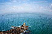 Côte bretonne Manche océan mer rochers rotondité de la terre