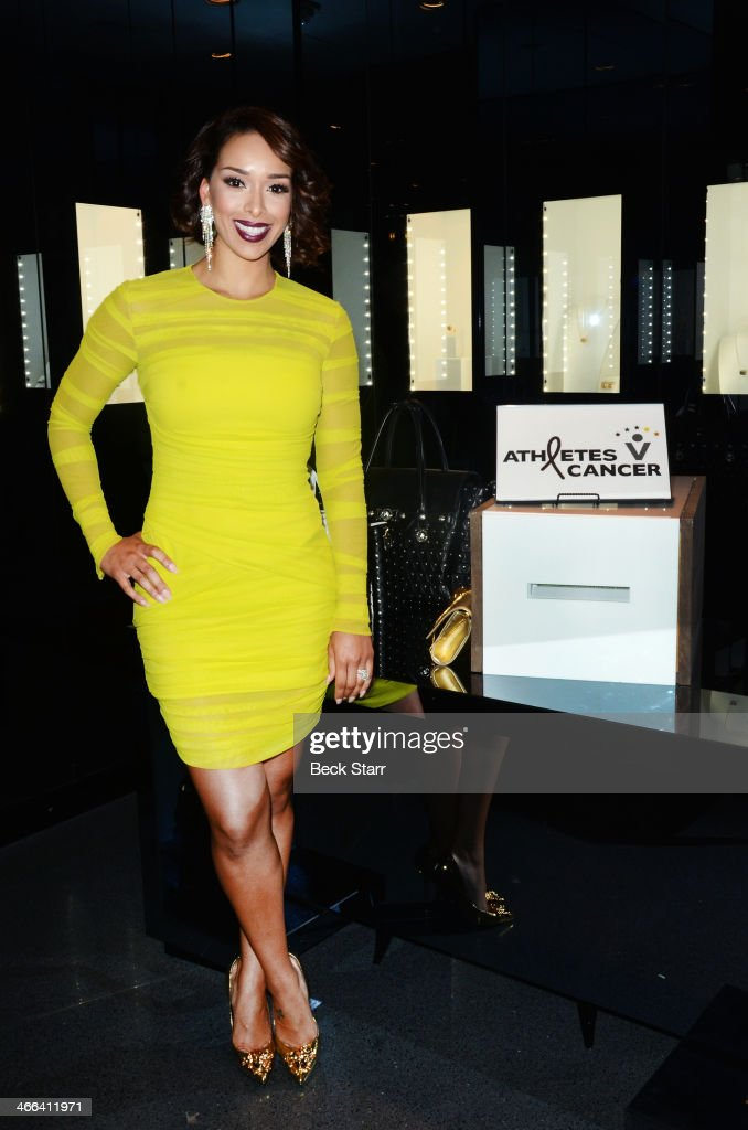 Gloria Barnes attends Matt Barnes Foundation Athletes Vs. Cancer event at Versace Boutique on January 31, 2014 in Beverly Hills, California.
