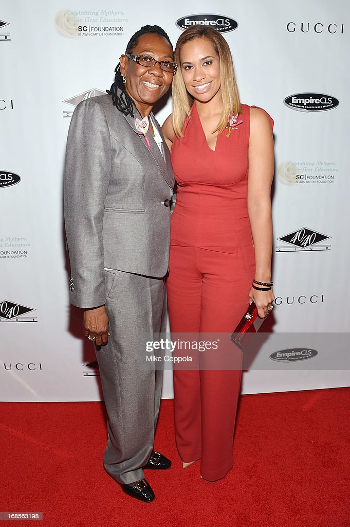 Gloria Carter (L) and Amber Sabathia attend the Shawn Carter Foundation's Mother's Day event 'Celebrating Mothers, Our First Educators' at 40 / 40 Club on May 11, 2013 in New York City.