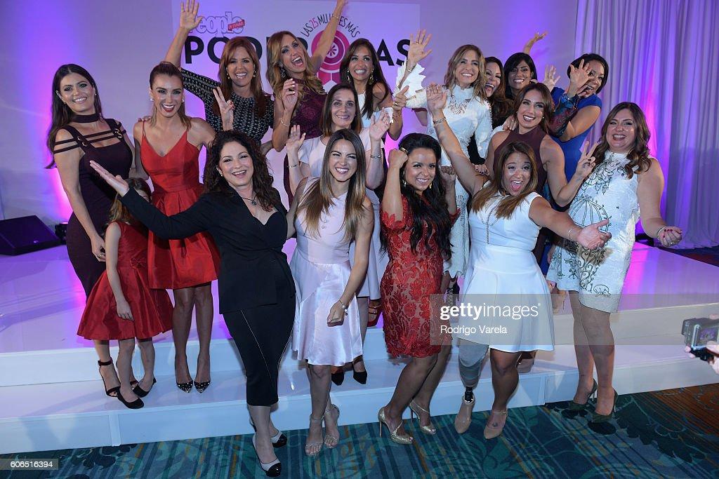 Gloria Estefan and Monique Manso pose with Las 25 Mujeres Mas Poderosas during the People En Espanol Celebrates 'Las 25 Mujeres Mas Poderosas' at The Ritz-Carlton, Coconut Grove on September 16, 2016 in Miami, Florida.