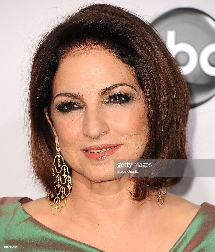 Gloria Estefan arrives at the 40th Anniversary American Music Awards at Nokia Theatre L.A. Live on November 18, 2012 in Los Angeles, California.