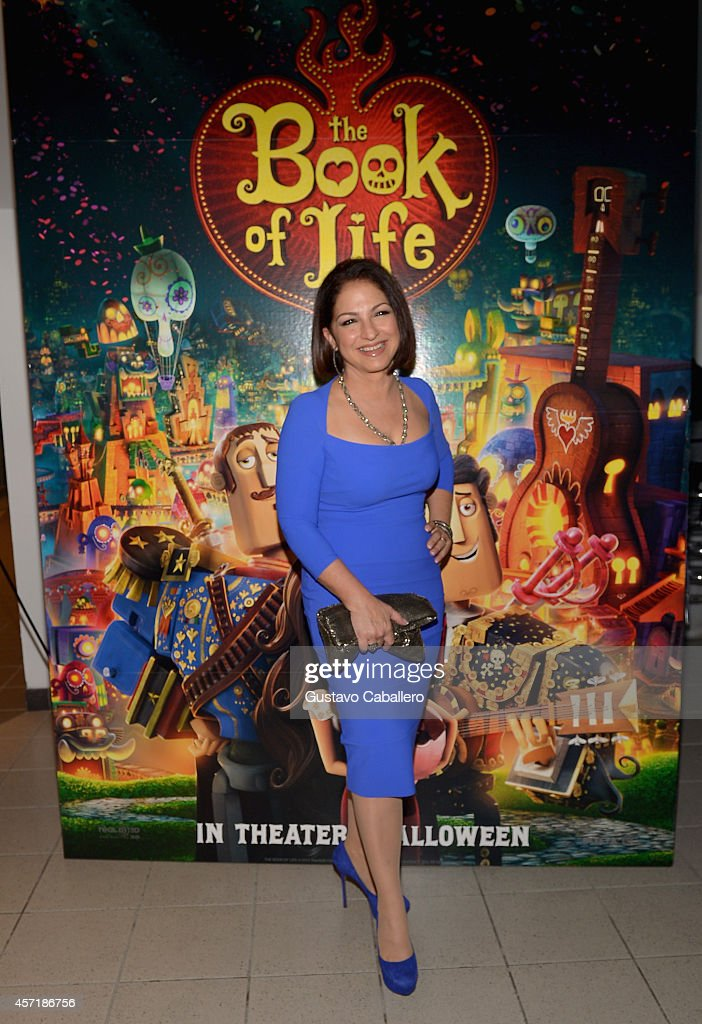 <a gi-track='captionPersonalityLinkClicked' href=/galleries/search?phrase=Gloria+Estefan&family=editorial&specificpeople=201703 ng-click='$event.stopPropagation()'>Gloria Estefan</a> attends 'THE BOOK OF LIFE' Red Carpet at Regal South Beach 18 on October 13, 2014 in Miami, Florida.