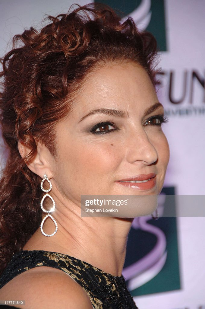 Gloria Estefan during The 2006 Women's World Awards - Red Carpet at The Hammerstein Ballroom in New York City, New York, United States.