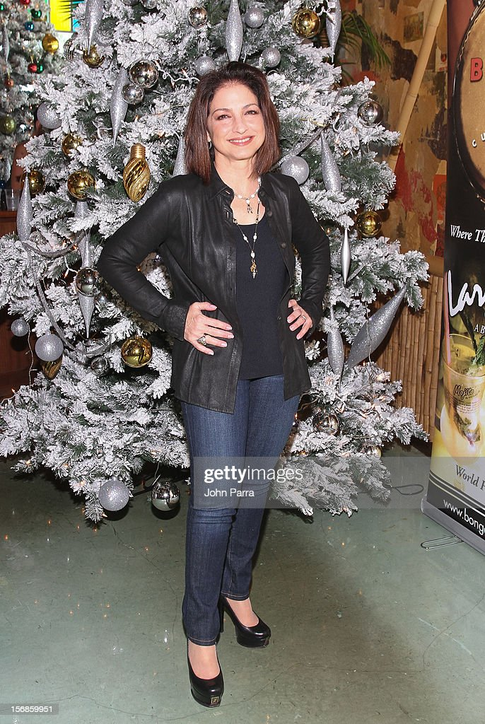 Gloria Estefan participate in 5th Annual Thanksgiving Feed A Friend at Bongos on November 22, 2012 in Miami, Florida.