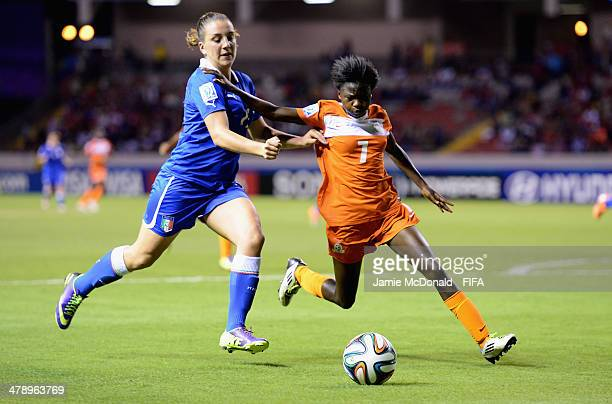Gloria Marinelli of Italy battles with Lungu Bridget of Zambia during the FIFA U17 Women's World Cup Group A match between Italy and Zambia at...