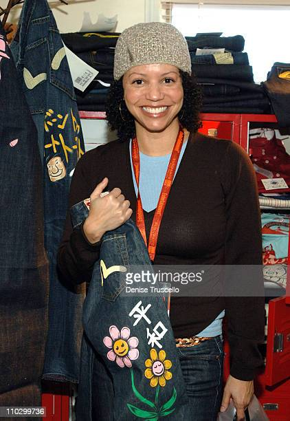 Gloria Reuben at Evisu during 2007 Park City Luxury Lounge Day 3 at Media Placement Luxury Lounge in Utah United States