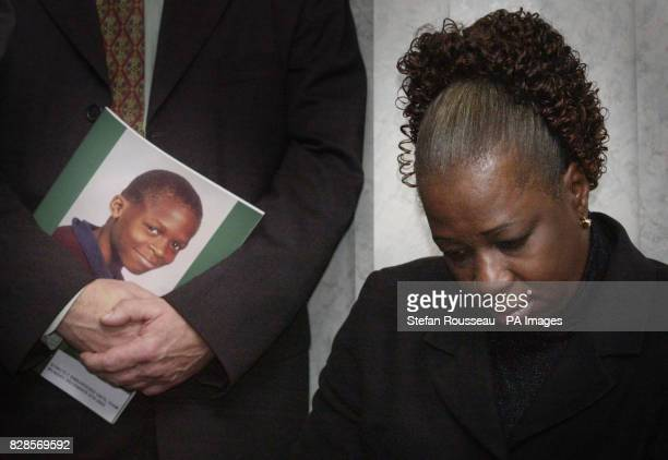 Gloria Taylor mother of murdered school boy Damilola who was killed in Peckham south London November 2000 at a press conference in Scotland Yard to...
