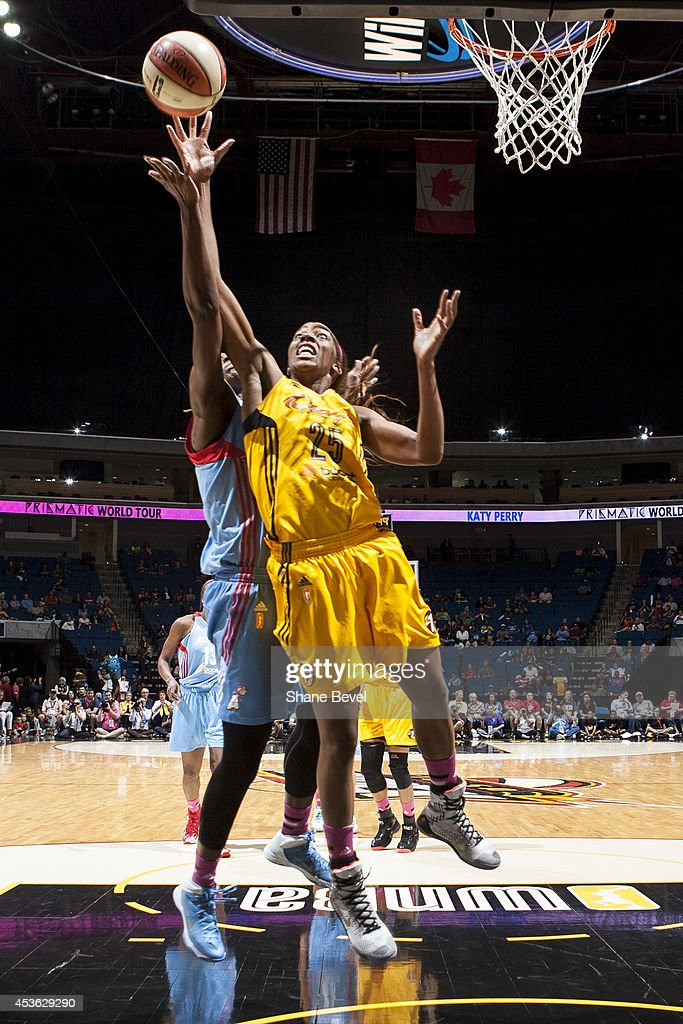 <a gi-track='captionPersonalityLinkClicked' href=/galleries/search?phrase=Glory+Johnson&family=editorial&specificpeople=5042377 ng-click='$event.stopPropagation()'>Glory Johnson</a> #25 of the Tulsa Shock drives to the basket against the Atlanta Dream during the WNBA game on July 29, 2014 at the BOK Center in Tulsa, Oklahoma.
