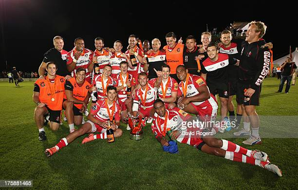 Gloucester celebrate after their victory over Leicester Tigers in the final during the JP Morgan Asset Management Premiership 7's Series Finals at...