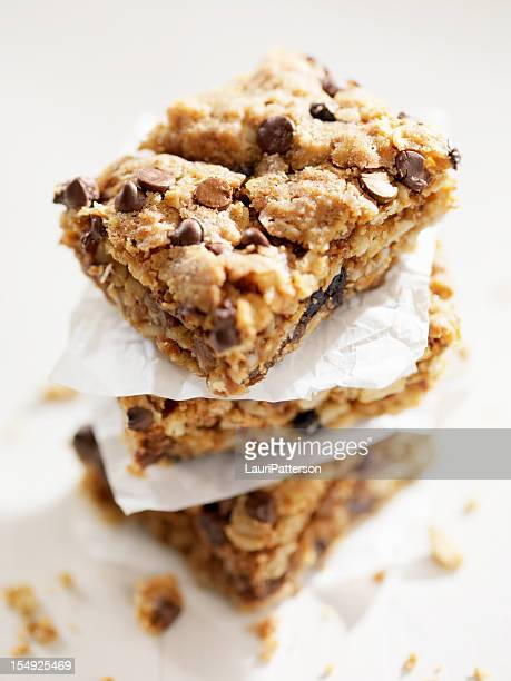 Sin Gluten, postre cuadrados con pedacitos de Chocolate.
