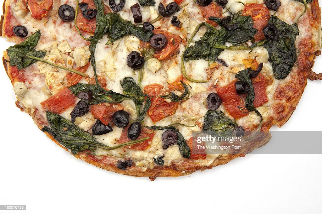 DC - SEPTEMBER 26 - Gluten free vegetarian pizza from Pete's Pizza shot at The Washington Post via Getty Images photo studio.
