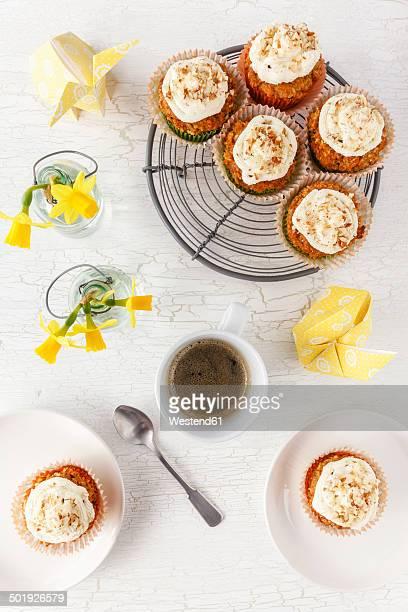 Glutenfree Carrot Coconut Banana Cupcakes, Laid table