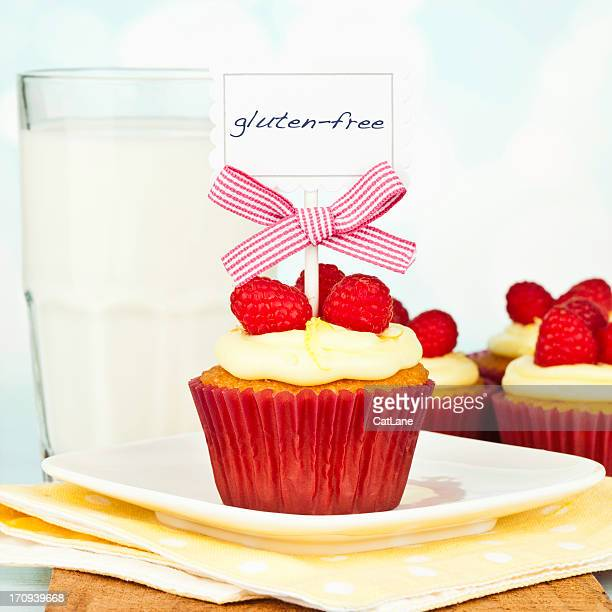 Gluten-Free Raspberry and Lemon Cupcakes with Milk