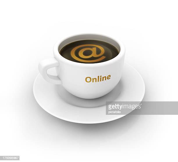 Gehen Sie online mit Kaffeetasse