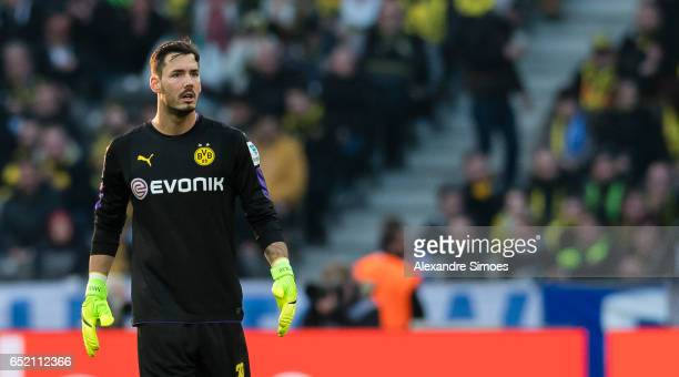 Goal keeper Roman Buerki of Borussia Dortmund in action during the Bundesliga match between Hertha BSC and Borussia Dortmund at the Olympiastadion on...