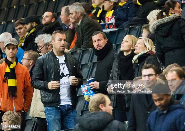 Goal keeper trainer Dennis Rudel of Union Berlin talking to AIK goal keeper trainer Lee Baxter during the Allsvenskan match between AIK and IFK...