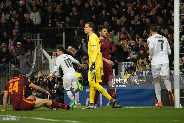 Goal Real Madrids Colombian James in action during the Champions league football match Real Madrid CF vs Roma at the Santiago Bernabeu stadium in...