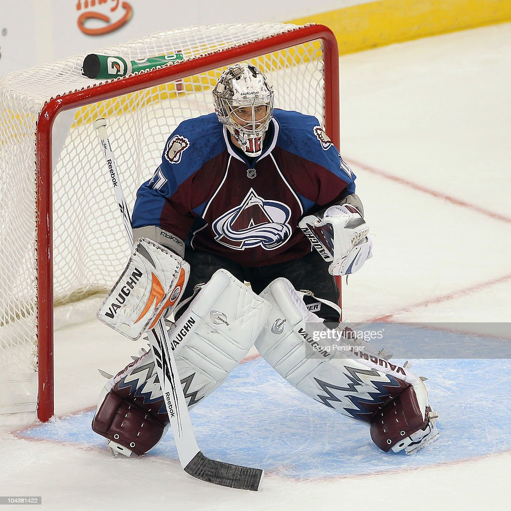 Goalie <a gi-track='captionPersonalityLinkClicked' href=/galleries/search?phrase=John+Grahame&family=editorial&specificpeople=201491 ng-click='$event.stopPropagation()'>John Grahame</a> #47 of the Colorado Avalanche defends the goal against the Los Angeles Kings during preseason NHL action at the Pepsi Center on September 22, 2010 in Denver, Colorado. The Kings defeated the Avalanche 4-2.