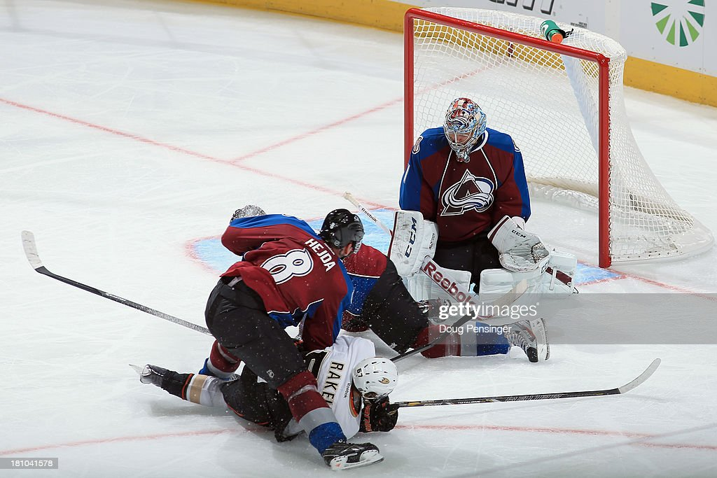 Goalie <a gi-track='captionPersonalityLinkClicked' href=/galleries/search?phrase=Semyon+Varlamov&family=editorial&specificpeople=6264893 ng-click='$event.stopPropagation()'>Semyon Varlamov</a> #1 of the Colorado Avalanche defends the goal against the Anaheim Ducks during preseason action at Pepsi Center on September 18, 2013 in Denver, Colorado. The Ducks defeated the Avalanche 2-1.