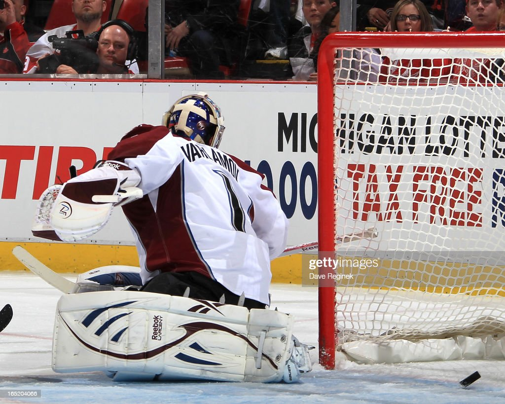 Goalie <a gi-track='captionPersonalityLinkClicked' href=/galleries/search?phrase=Semyon+Varlamov&family=editorial&specificpeople=6264893 ng-click='$event.stopPropagation()'>Semyon Varlamov</a> #1 of the Colorado Avalanche gets beat by Damien Brunner #24 (not pictured) of the Detroit Red Wings slap shot during a NHL game against at Joe Louis Arena on April 1, 2013 in Detroit, Michigan.