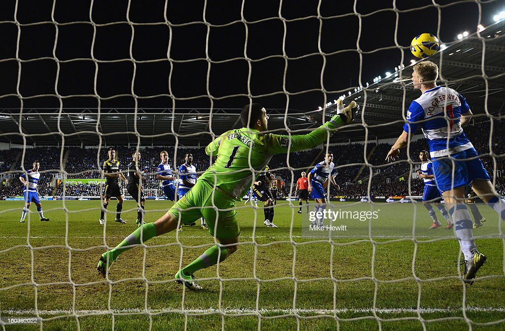 Goalkeeper Adam Federici and Pavel Pogrebnyak of Reading fail to stop a Frank Lampard header during the Barclays Premier League match between Reading and Chelsea at Madejski Stadium on January 30, 2013 in Reading, England.