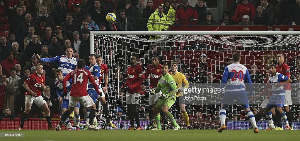 Goalkeeper Adam Federici (C) of Reading comes up for a corner in the dying moments during the FA Cup Fifth Round match between Manchester United and Reading at Old Trafford on February 18, 2013 in Manchester, England.