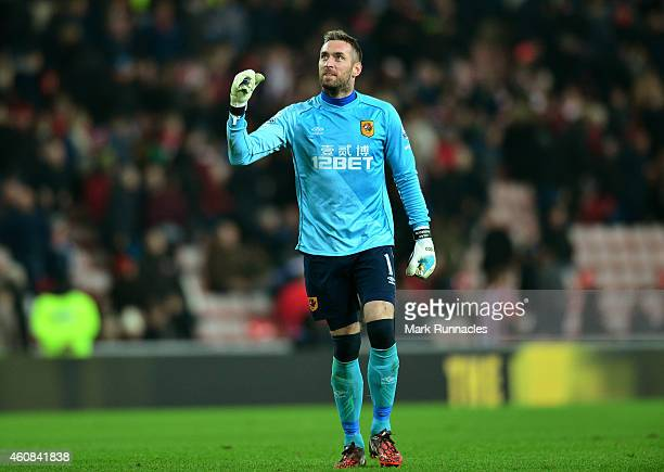 Goalkeeper Allan McGregor of Hull City celebrates his team's 31 victory during the Barclays Premier League match between Sunderland and Hull City at...
