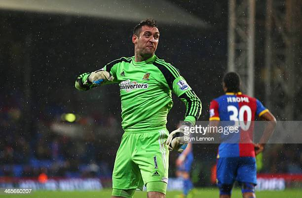 Goalkeeper Allan McGregor of Hull City reacts after being sent off by referee Roger East during the Barclays Premier League match between Crystal...