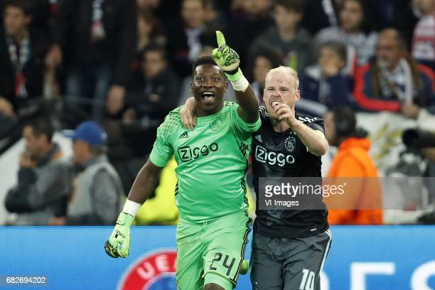 goalkeeper Andre Onana of Ajax Davy Klaassen of Ajaxduring the UEFA Europa League semi final match between Olympique Lyonnais and Ajax Amsterdam at...