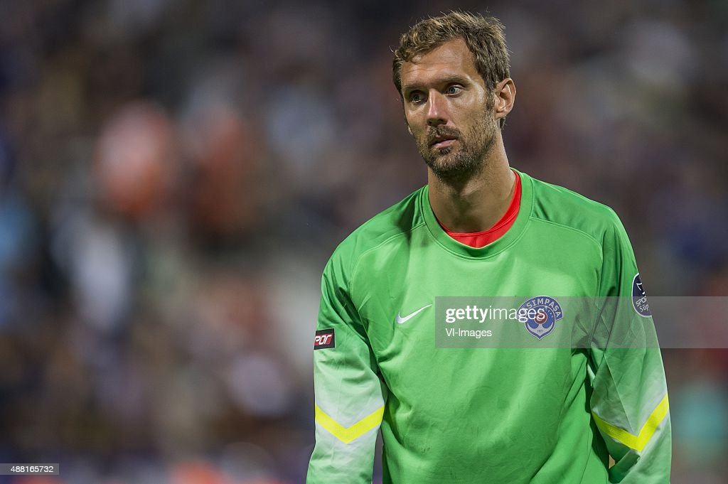 goalkeeper <a gi-track='captionPersonalityLinkClicked' href=/galleries/search?phrase=Andreas+Isaksson&family=editorial&specificpeople=542896 ng-click='$event.stopPropagation()'>Andreas Isaksson</a> of Kasimpasa SK during the Super Lig match between Kasimpasa SK and Fenerbahce on September 13, 2015 at the Recep Tayyip Erdogan stadium in Istanbul, Turkey.