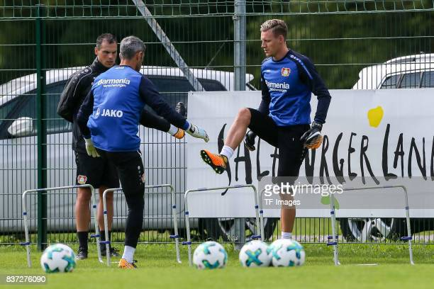 Goalkeeper Bernd Leno of Bayer 04 Leverkusen Charles Aranguiz of Bayer 04 Leverkusen Goalkeeper Head coach David Thiel of Bayer 04 Leverkusen...