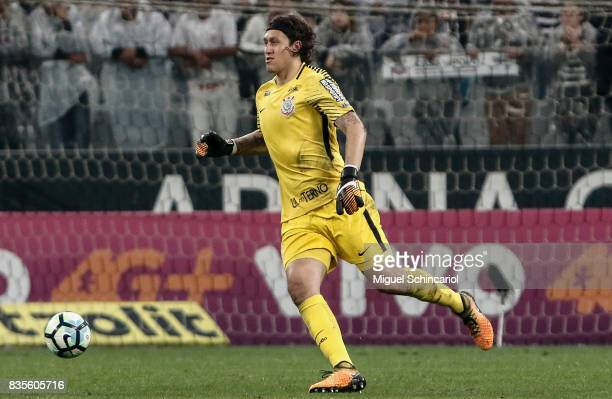 Goalkeeper Casio of Corinthians conducts the ball during the match between Corinthians and Vitoria for the Brasileirao Series A 2017 at Arena...
