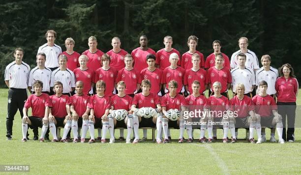 Goalkeeper coach Wolfgang Kellner Tony Jantschke Alexander Esswein Marvin Knoll Richard SukutaPasu KaiFabian Schulz Mario Erb Nils Teixeira team...