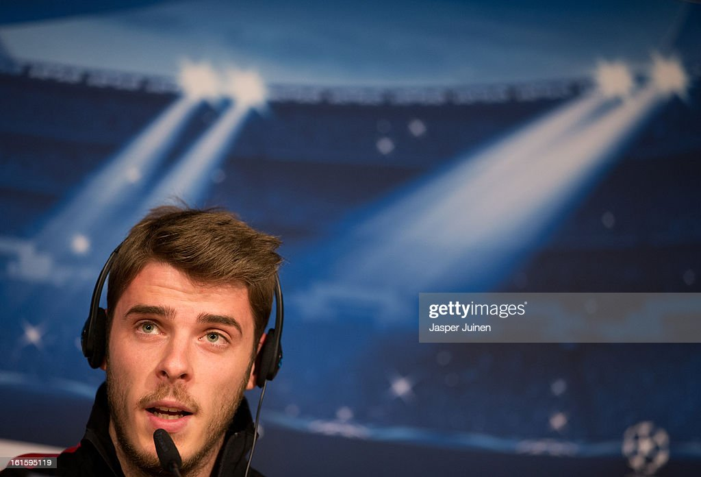 Goalkeeper <a gi-track='captionPersonalityLinkClicked' href=/galleries/search?phrase=David+de+Gea&family=editorial&specificpeople=3000749 ng-click='$event.stopPropagation()'>David de Gea</a> answers questions from the media during a press conference ahead of the UEFA Champions League match between Real Madrid CF and Manchester United at the Valdebebas training ground on February 12, 2013 in Madrid, Spain.