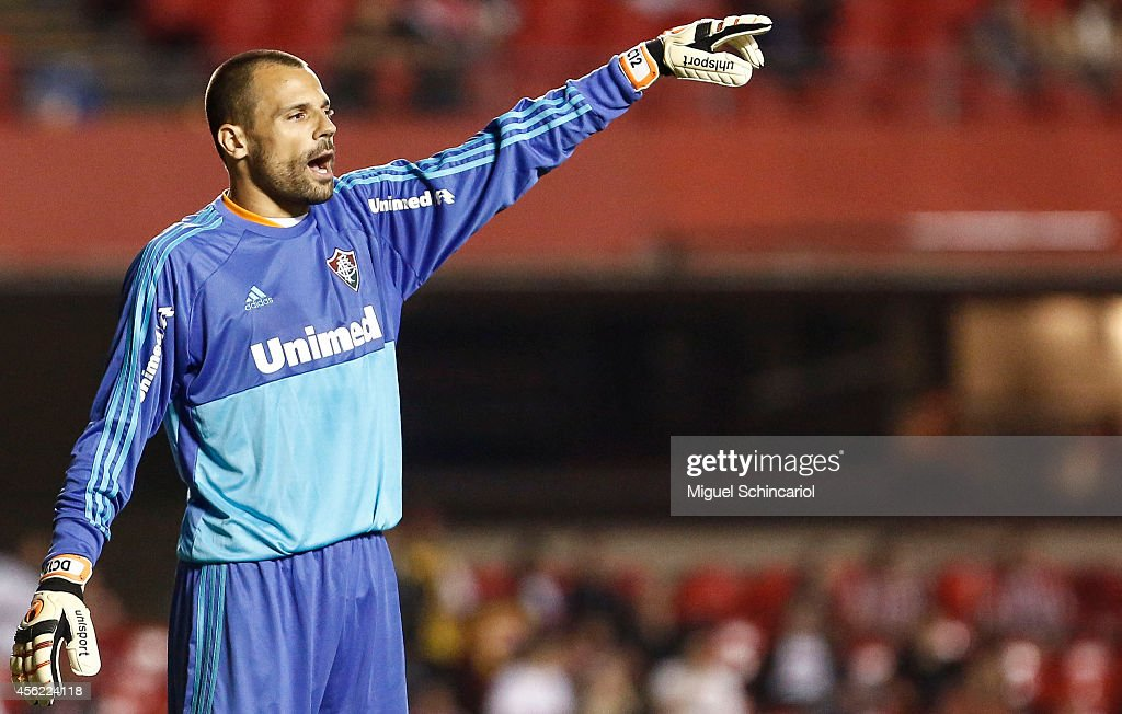 Goalkeeper Diego Cavalieiri of Fluminense, gesture during a match between Sao Paulo and Fluminense of Brasileirao Series A 2014 at Morumbi Stadium on September 27, 2014 in Sao Paulo, Brazil.