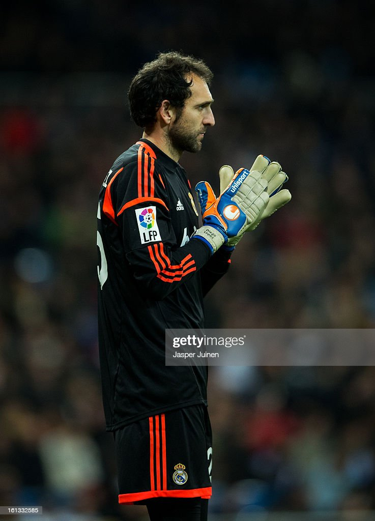 Goalkeeper Diego Lopez of Real Madrid during the la Liga match between Real Madrid CF and Sevilla FC at Estadio Santiago Bernabeu on February 9, 2013 in Madrid, Spain.