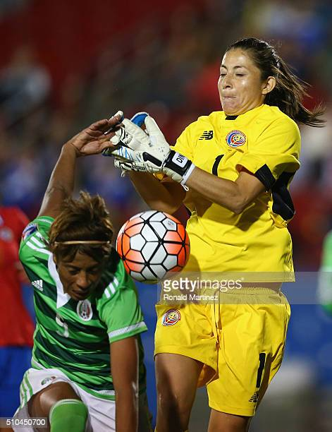 Goalkeeper Dinnia Diaz of Costa Rica makes a save against Maribel Dominguez of Mexico during the CONCACAF Women's Olympic Qualifying 2016 at Toyota...