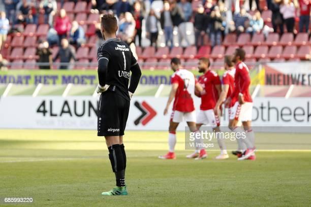 goalkeeper Erwin Mulder of sc Heerenveen Sean Klaiber of FC Utrecht Zakaria Labyad of FC Utrecht Wout Brama of FC Utrecht Richairo Zivkovic of FC...