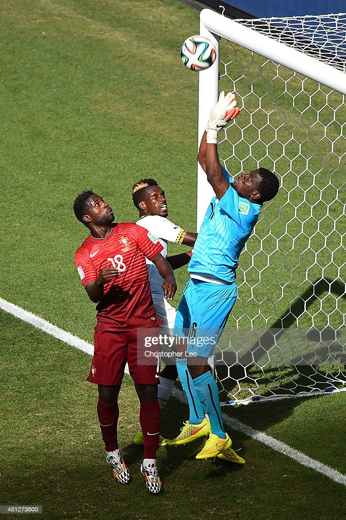 Goalkeeper Fatawu Dauda of Ghana makes a save during the 2014 FIFA World Cup Brazil Group G match between Portugal and Ghana at Estadio Nacional on June 26, 2014 in Brasilia, Brazil.