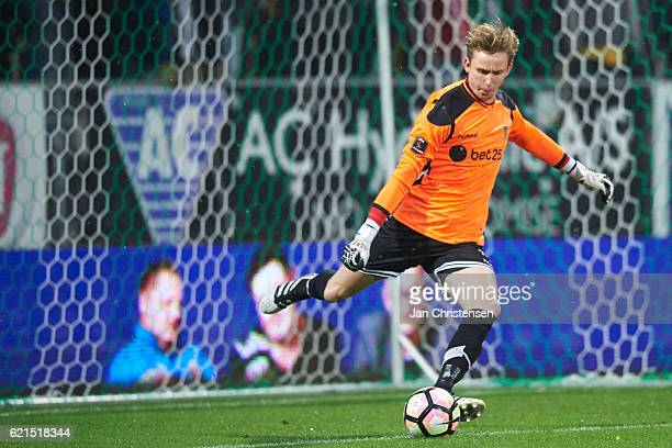 Goalkeeper Frederik Ronnow of Brondby IF in action during the Danish Alka Superliga match between Viborg FF and Brondby IF at Energi Viborg Arena on...