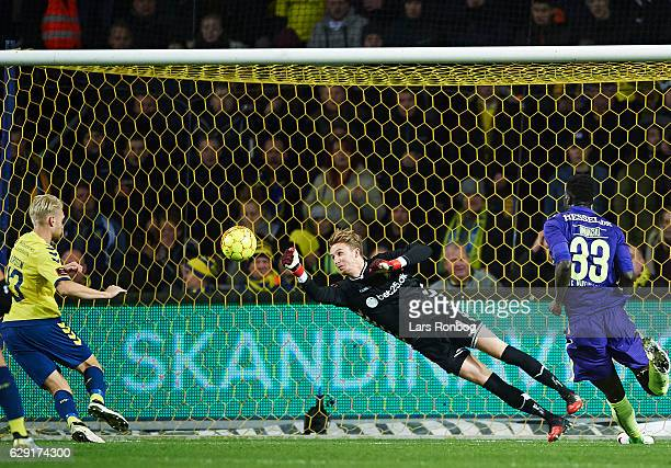 Goalkeeper Frederik Ronnow of Brondby IF saves the ball during the Danish Alka Superliga match between Brondby IF and FC Midtjylland at Brondby...