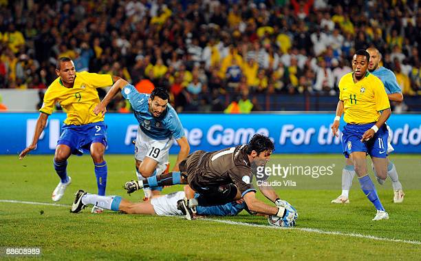 Goalkeeper Gianluigi Buffon of Italy in action during the FIFA Confederations Cup match between Italy and Brazil played at the Loftus Versfeld...