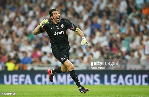 Goalkeeper Gianluigi Buffon of Juventus celebrates during the UEFA Champions League Semi Final second leg match between Real Madrid and Juventus at...