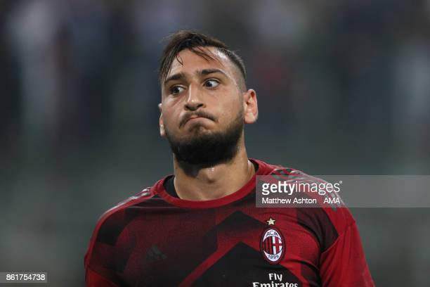 Goalkeeper Gianluigi Donnarumma of AC Milan prior to the Serie A match between FC Internazionale and AC Milan at Stadio Giuseppe Meazza on October 15...