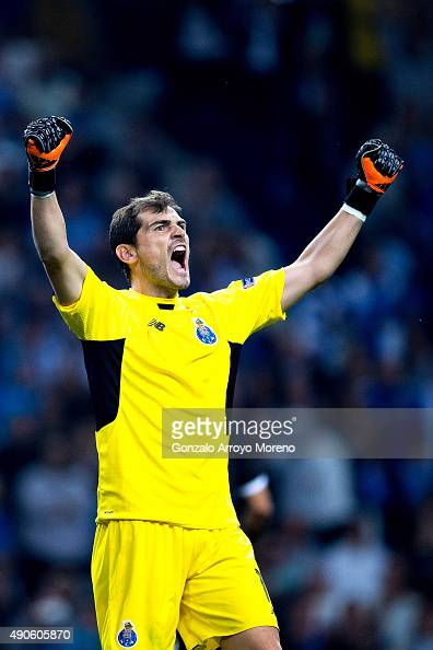Goalkeeper Iker Casillas of FC Porto celebrates their victory after the UEFA Champions League Group G match between FC Porto and Chelsea FC at...