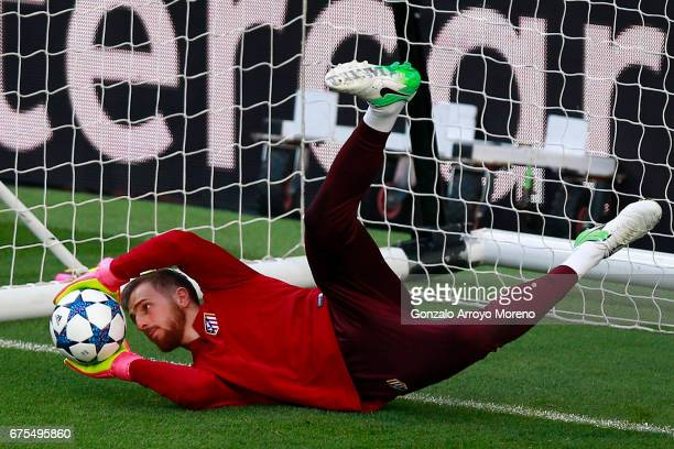Goalkeeper Jan Oblak of Atletico de Madrid excersises during a training session ahead of the UEFA Champions League Semifinal First leg match between...
