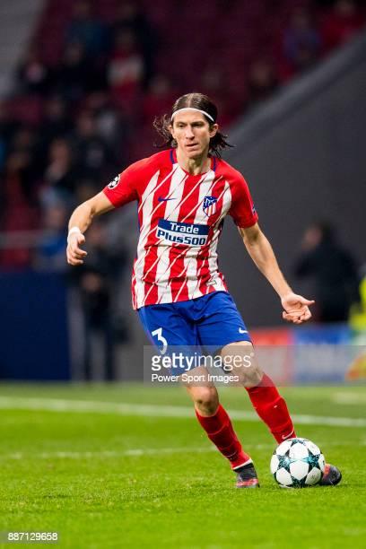 Goalkeeper Jan Oblak of Atletico de Madrid runs with the ball during the UEFA Champions League 201718 match at Wanda Metropolitano on 22 November...