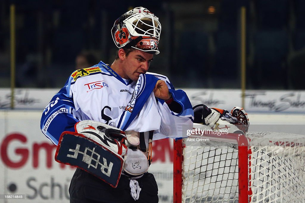 Goalkeeper Jason Bacashihua of Straubing reacts during the DEL match between Thomas Sabo Ice Tigers and Straubing Tigers at Arena Nuernberger Versicherung on December 11, 2012 in Nuremberg, Germany.