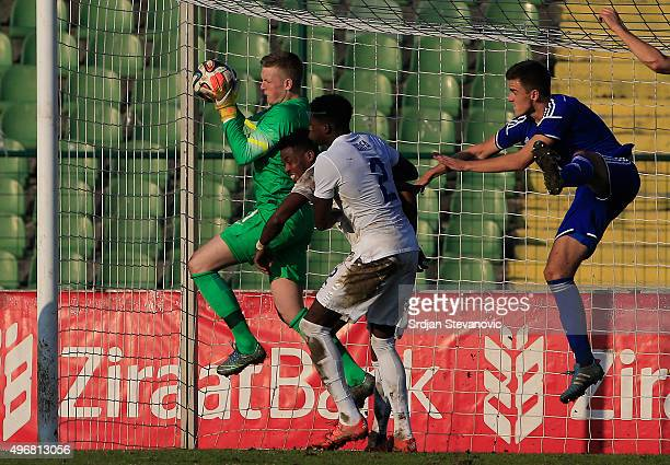 Goalkeeper Jordan Pickford of England in action during the European Under 21 Qualifier match between Bosnia and Herzegovina U21 and England U21at...