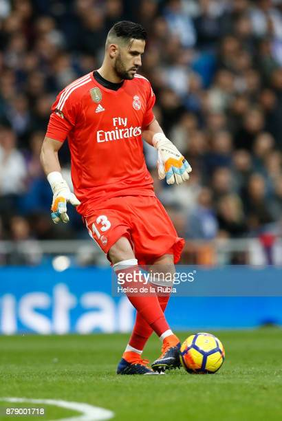 GoalKeeper Kiko Casilla of Real Madrid in action during the La Liga match between Real Madrid and Malaga at Estadio Santiago Bernabeu on November 25...